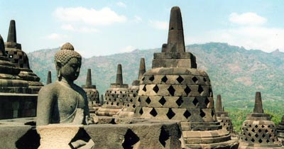 Borobodur1 仏教と世界遺産:仏教美術入門 聖樹聖獣文様 古典美術 仏教と世界遺産:仏教